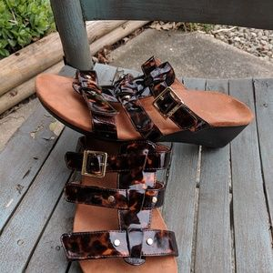 Vionic Torttoise Shell Leather Wedge Sandals 9M